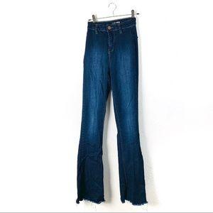 Fashion Nova Valencia flare jeans 0